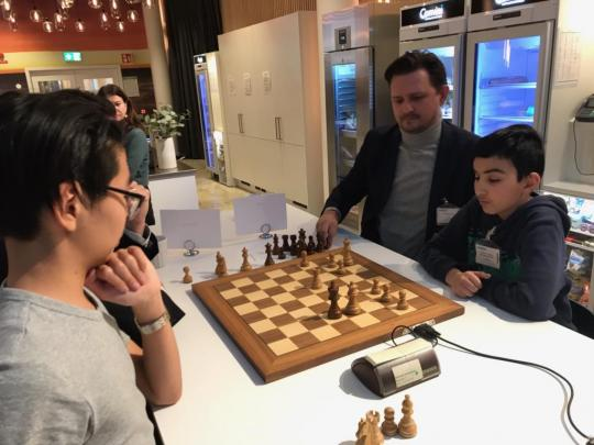 "Chess event ""Business meets the suburbs"""